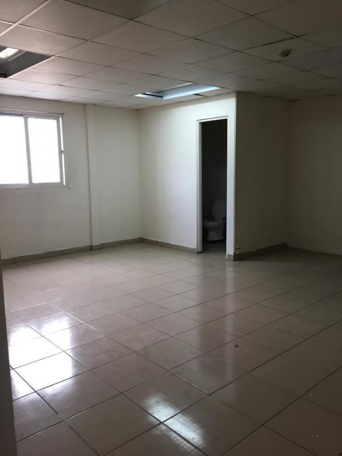 local comercial parque lefevre 116082-7