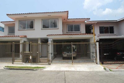 21745 - Altos del chase - houses