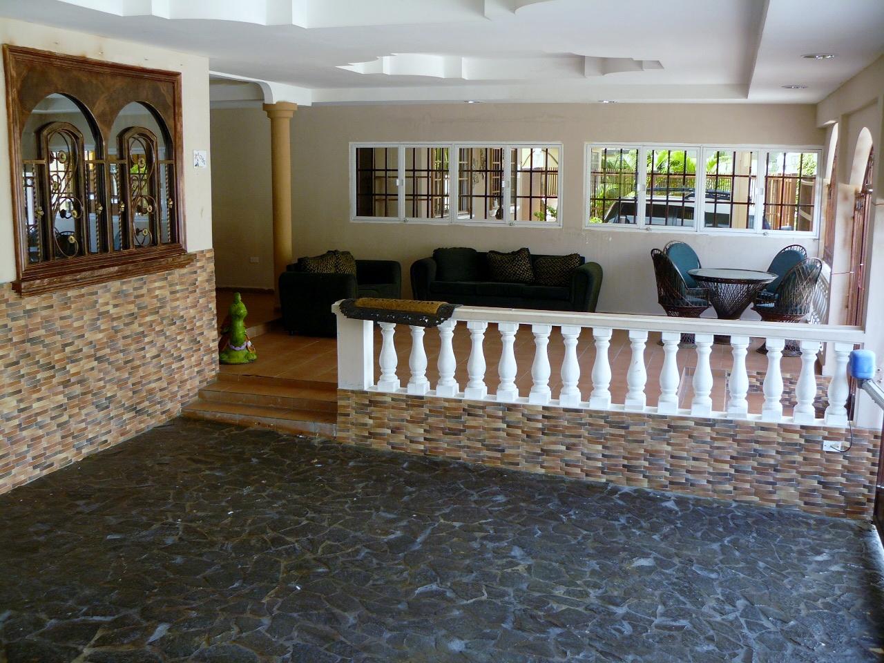 Casa Remodelada De 3 Recamaras 3 Baños Terraza Bar