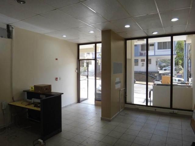 Local en alquiler para oficinas o comercio 77 mts2 el for El comercio oficinas