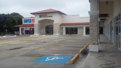 92630 - local comercial - plaza farallones